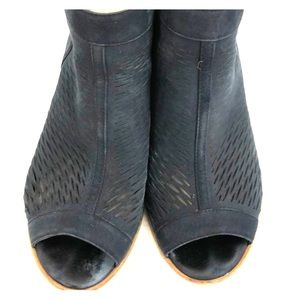 Vince Camuto ankle boots